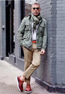 nick-wooster-il-corso-camo-scarf-wall-lean-streetstyle